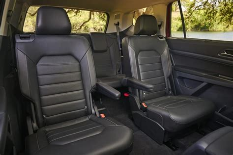 Which 2018 Three-Row SUVs Offer Captain's Chairs?   Best